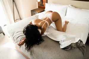 Tissia escorts