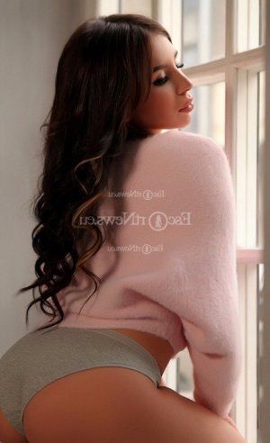 Ingeborg thai massage in Romeoville IL, escorts